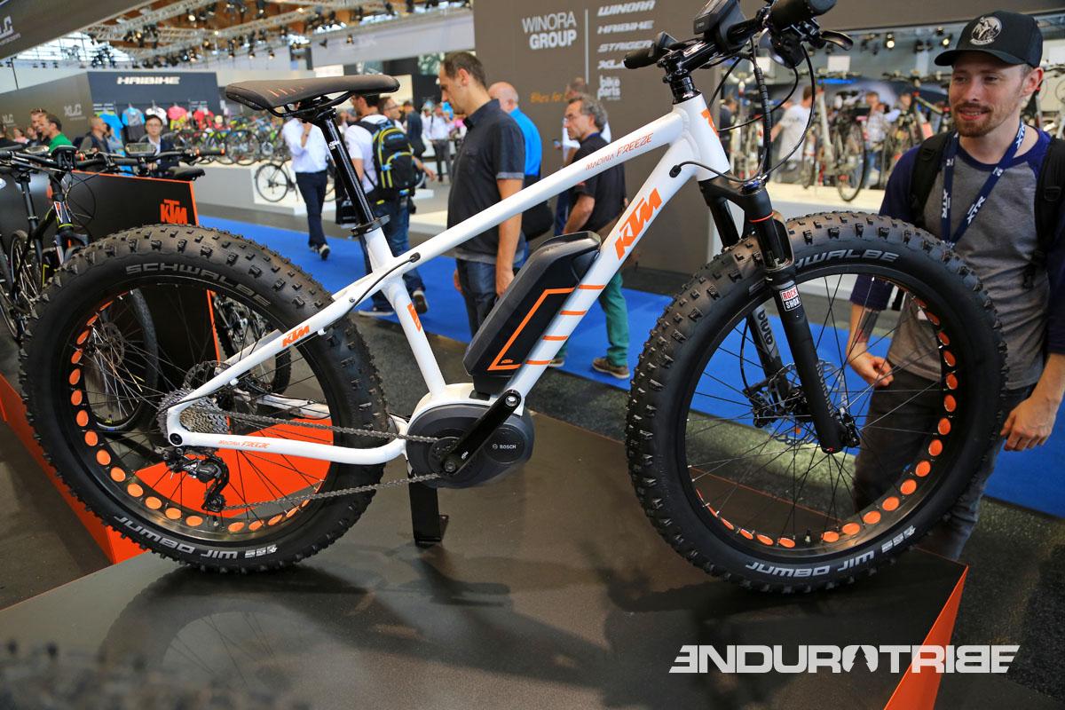KTM propose plusieurs Fats dont un modèle à assistance électrique : le Macina Freeze